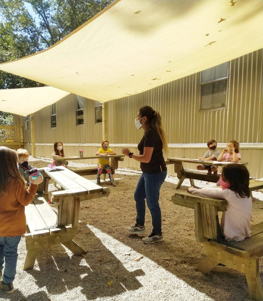 outdoor spanish class